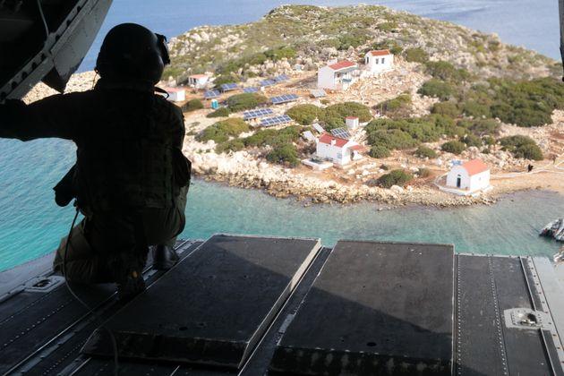 Φθηνές προκλήσεις: Τουρκικές υπερπτήσεις ως «απάντηση» στις δηλώσεις Καμμένου -