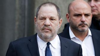 Harvey Weinstein leaves New York Supreme Court, Thursday, Dec. 20, 2018, in New York. Judge James Burke allowed his sexual assault case to move forward.(AP Photo/Mark Lennihan)