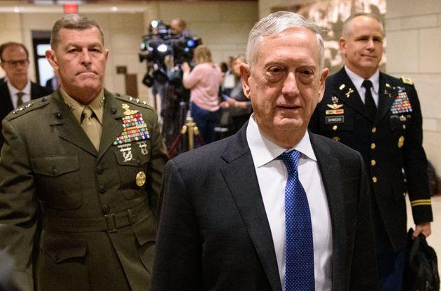 제임스 매티스 미국 국방장관이 내년 2월