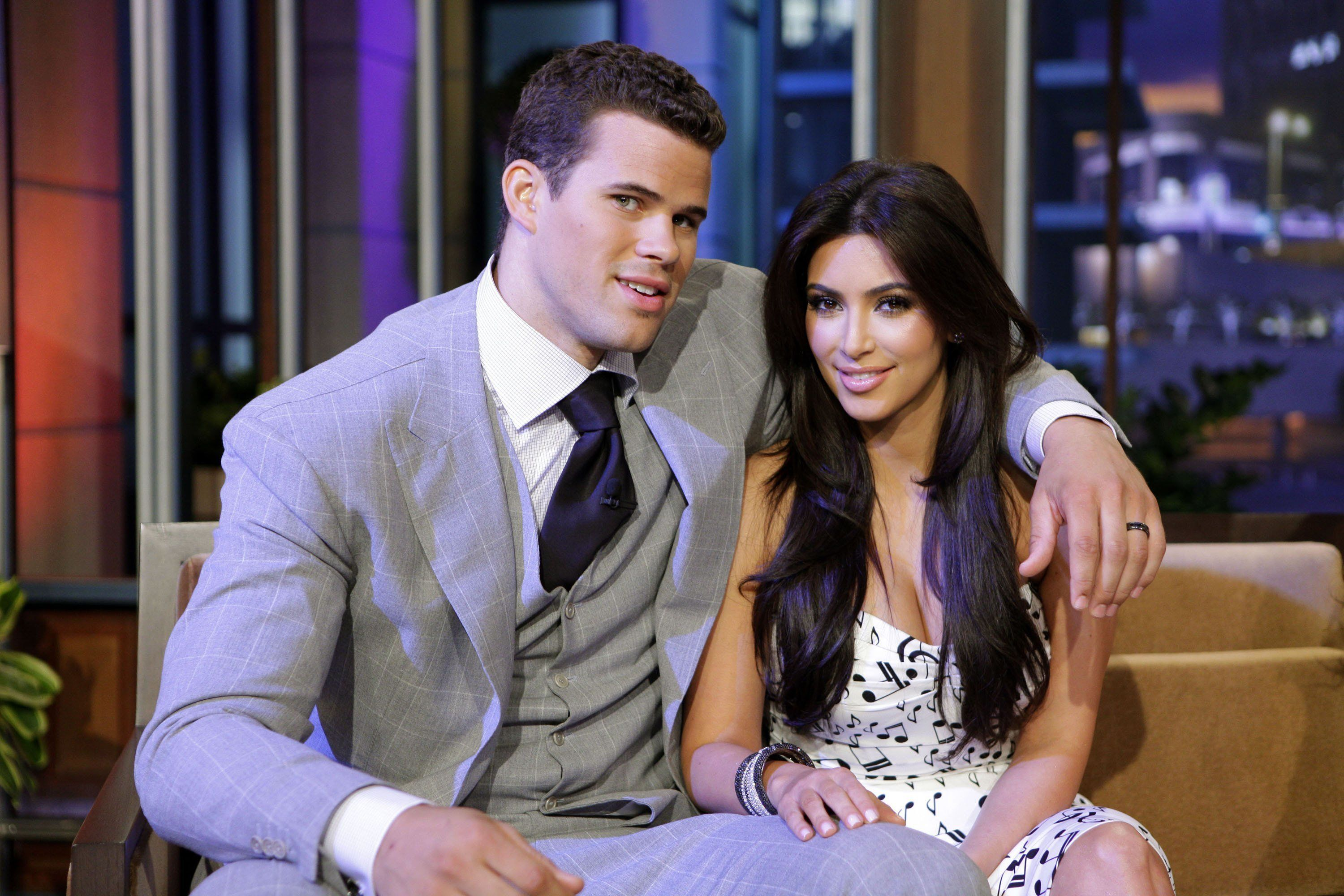 THE TONIGHT SHOW WITH JAY LENO -- (EXCLUSIVE COVERAGE) Episode 4122 -- Pictured: (l-r) Chris Humphries and Kim Kardashian during a commercial break on October 4, 2011 -- Photo by: Paul Drinkwater/NBC/NBCU Photo Bank