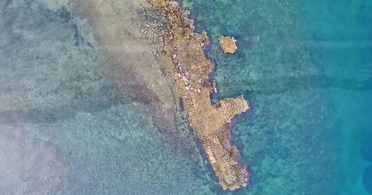 Αποτέλεσμα εικόνας για λιμάνι της Αρχαίας Ανθηδώνας