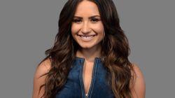 «Ευγνώμων που είμαι ζωντανή»: Η Demi Lovato δηλώνει «καθαρή» μετά την υπερβολική δόση και την