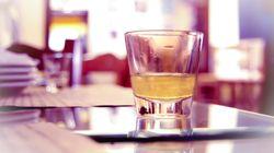 Guardian: Το ρακόμελο ανάμεσα στα 10 καλύτερα ποτά για τον