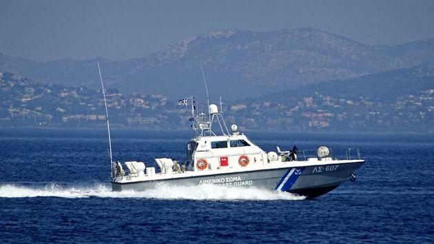 Τέλος η ταλαιπωρία για τους επιβαίνοντες του ιστιοφόρο σκάφους και φορτηγού στην