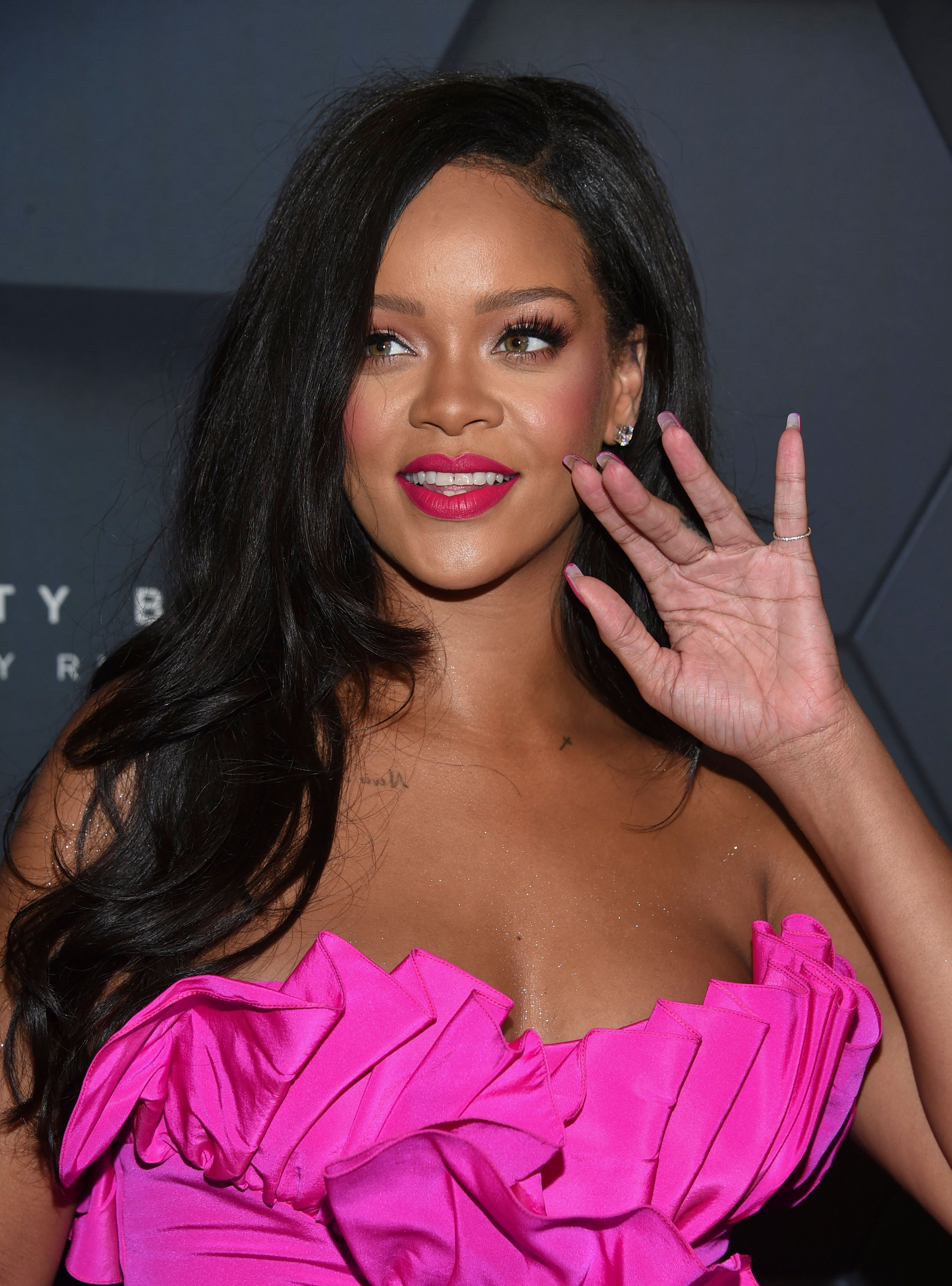 Rihanna Tells Fans Her New Album Will Drop In