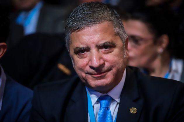 Ο Γιώργος Πατούλης στηρίζει τον Θόδωρο Αμπατζόγλου αντί της συζύγου του για δήμαρχο