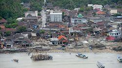 Indonésie: un tsunami fait plus d'une centaine de