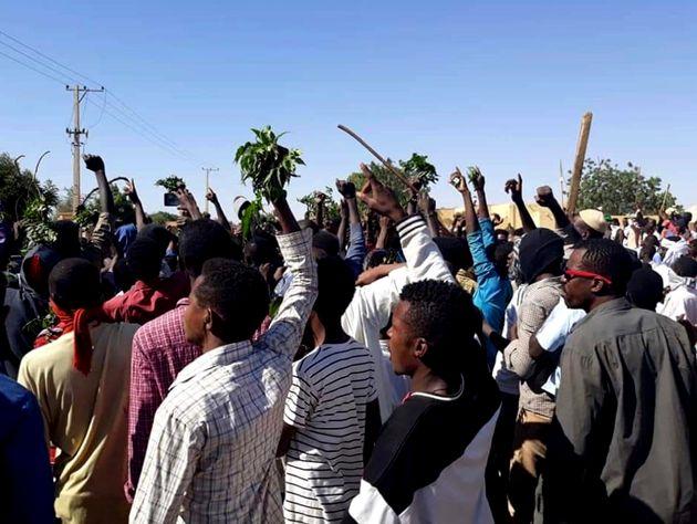 Manifestations et grève au Soudan: le pouvoir face à une contestation quasi