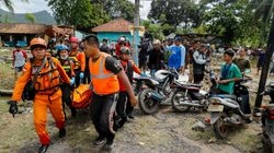 Death Toll In Indonesian Tsunami Rises To 343, Rescuers Search For 128 Still