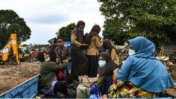 Indonésie: les survivants du tsunami manquent d'eau et de