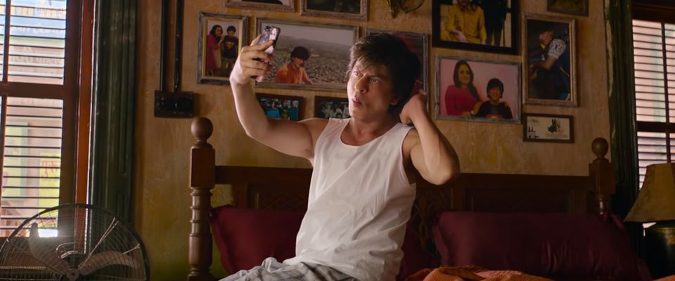 Shah Rukh Khan's 'Zero' Makes An Unbearable Mockery Of