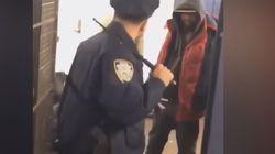 권총 꺼내지 않고 경찰봉 하나로 범죄자 5명 제압한 미국