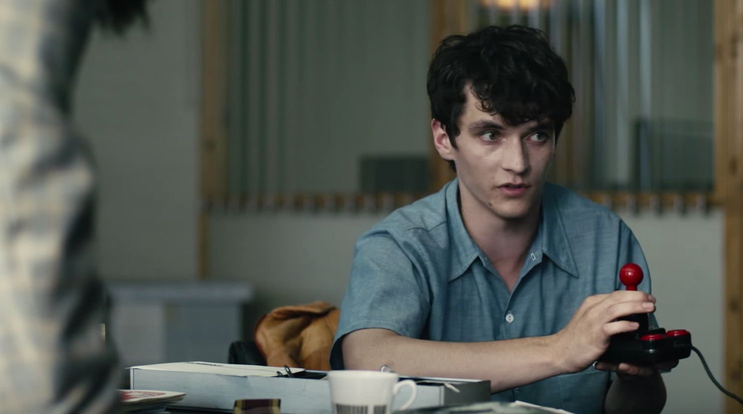 Here's What Critics And Fans Are Saying About The Game-Changing 'Black Mirror: Bandersnatch'