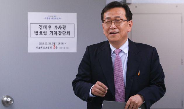 김태우 수사관의 법률대리인을 맡고 있는 석동현