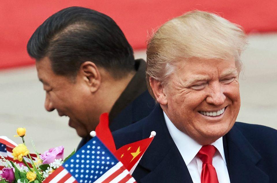 미국 무역적자와 중국 : 트럼프의 이길 수 없는