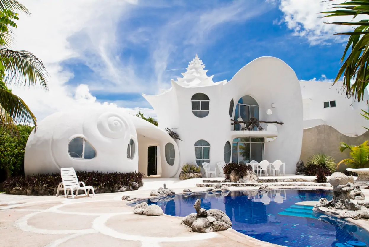 6 Quirky Airbnbs To Stay In For Your 2019