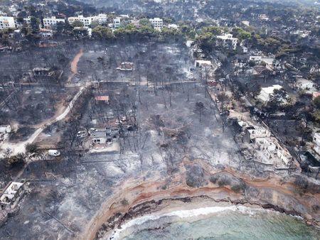 Συντονιστική Κατοίκων στο Μάτι: 5 μήνες μετά την πυρκαγιά δεν έχει εκδοθεί ούτε μία