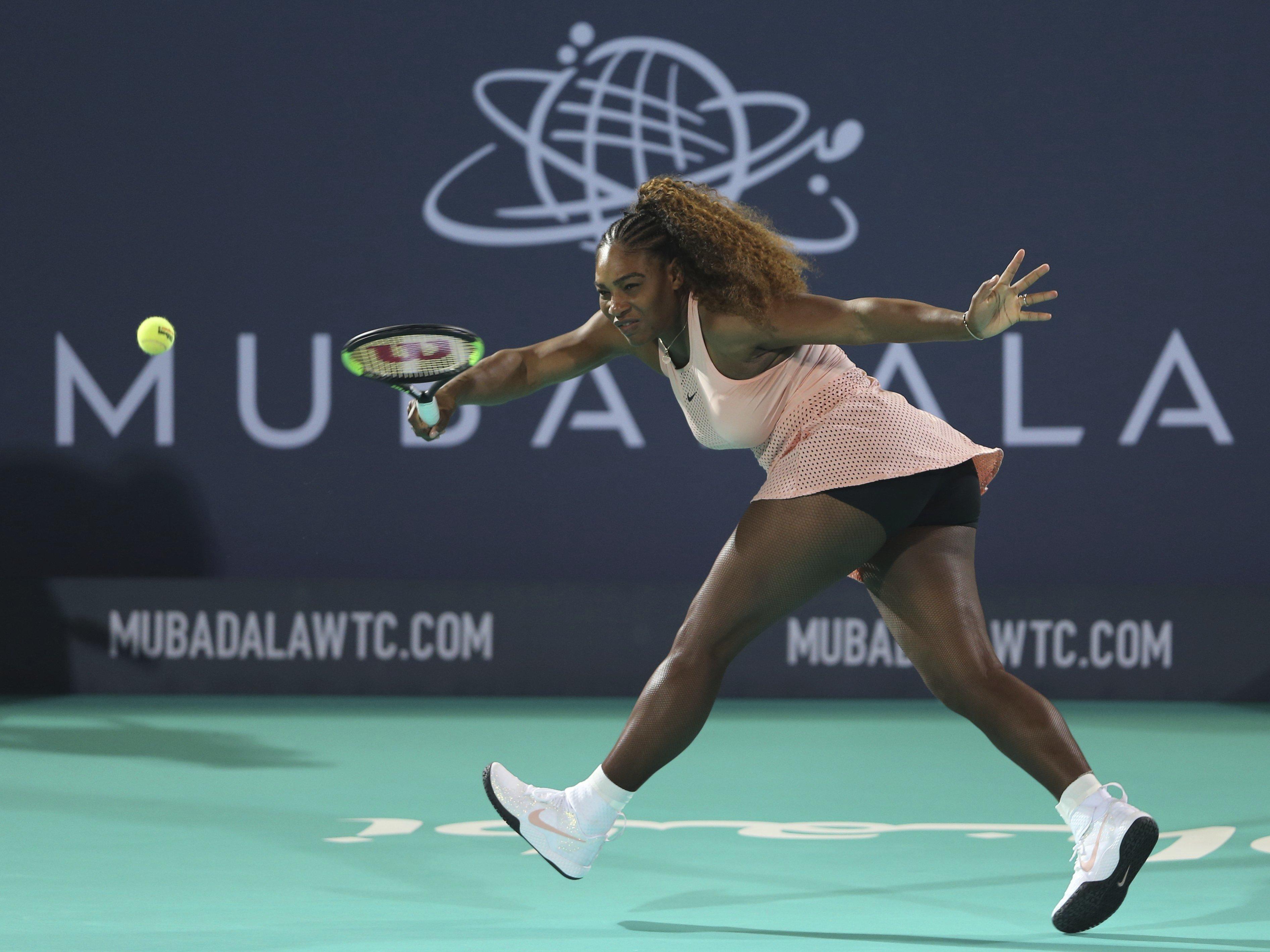 Serena Williams' Glittery Sneakers