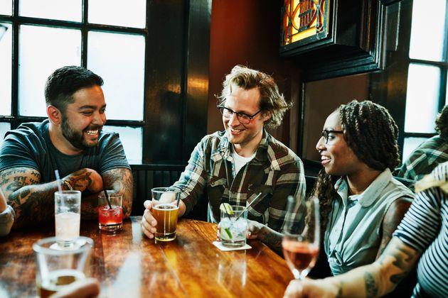 Siete consejos para beber menos alcohol dichos por quienes lo han