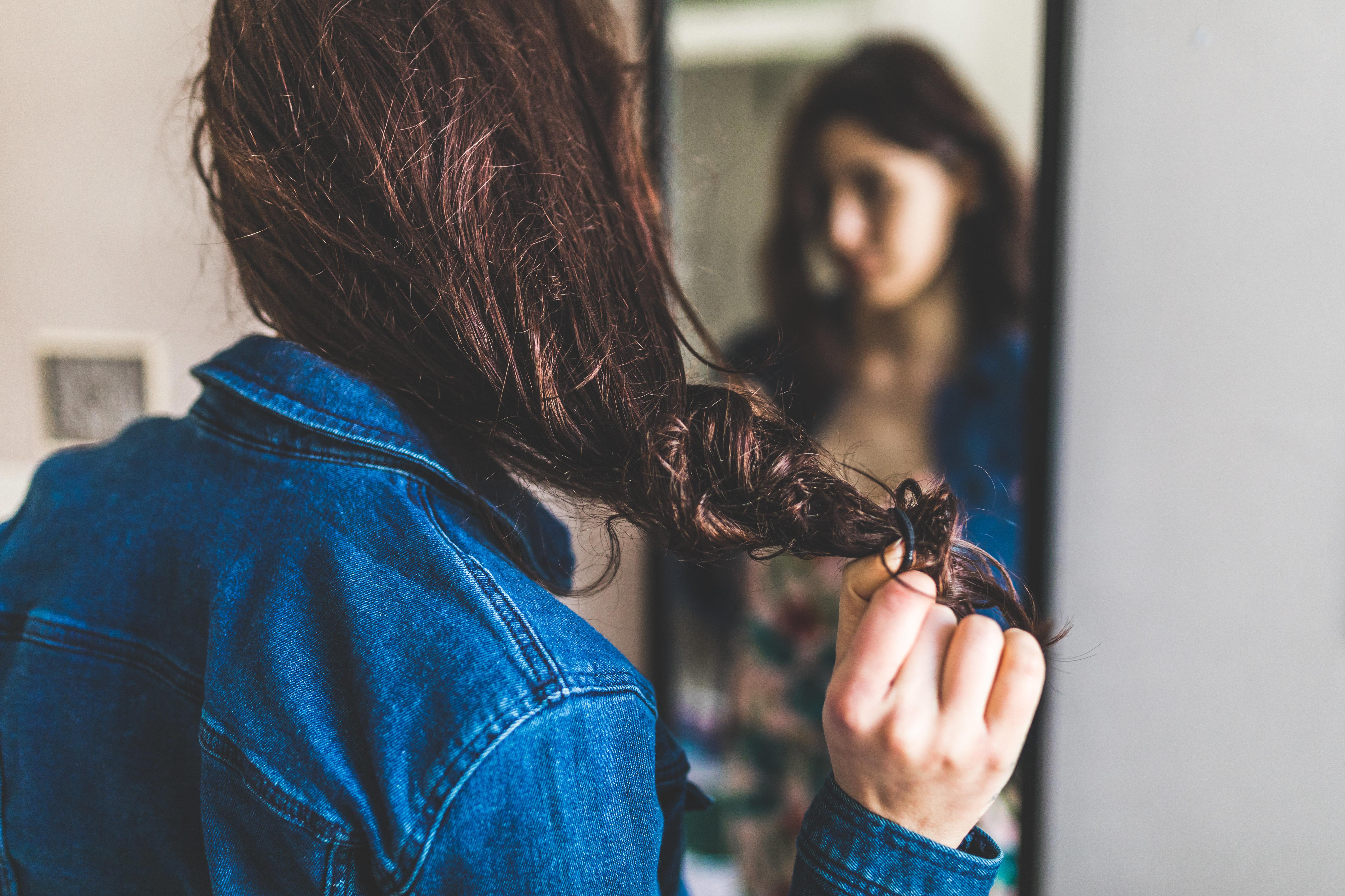 Pour vos cheveux en hiver, les pros nous révèlent les erreurs à ne pas