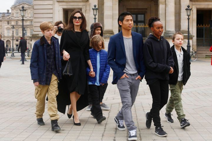 Angelina Jolie with her children Shiloh Pitt Jolie, Maddox Pitt Jolie, Vivienne Marcheline Pitt Jolie, Pax Thien Pitt Jolie,
