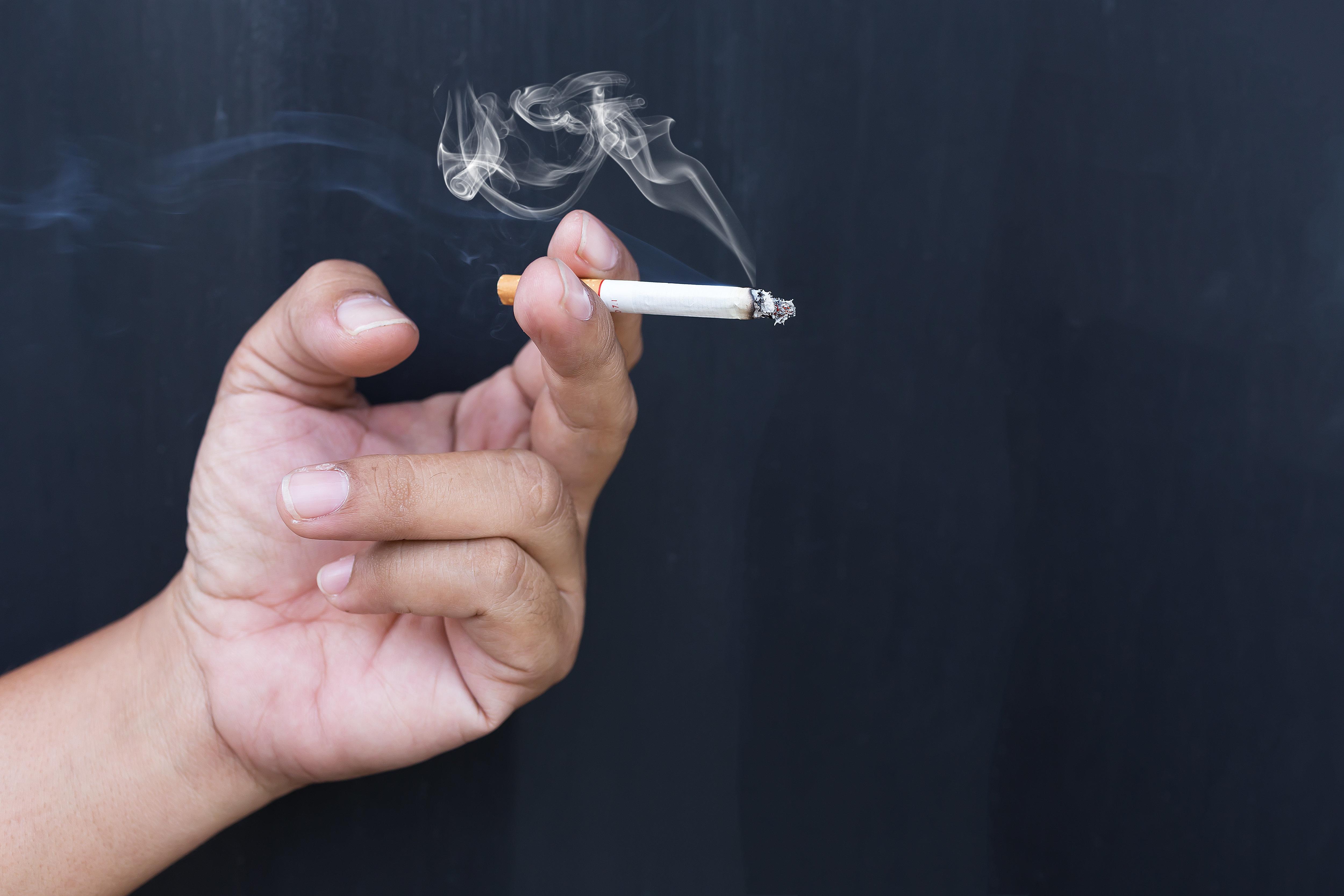 이제 어린이집, 유치원 건물 근처에서 흡연하면 안
