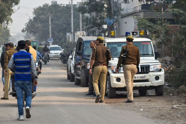 Police Arrest 19 After Constable Is Killed During Stone-Pelting In