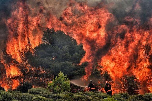 Aπό πυρκαγιές μέχρι τσουνάμι: Οι μεγαλύτερες φυσικές καταστροφές του 2018 μέσα από 21