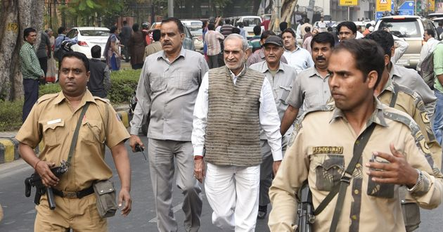 1984 Anti-Sikh Riots: Sajjan Kumar Surrenders Before Delhi