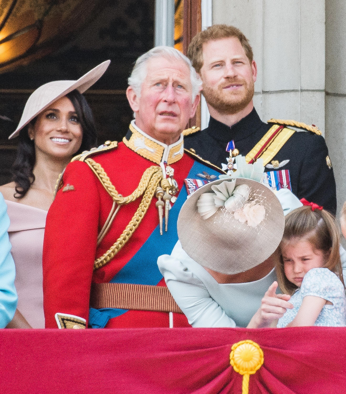 Herzogin Meghan erwartet ihr erstes Baby – doch Prinz Charles hat Angst vor der