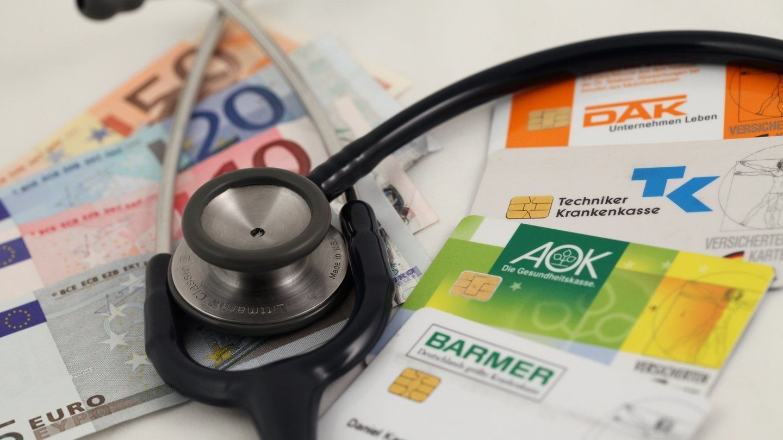 Krankenkasse, Versicherung, Straßenverkehr: Das ändert sich