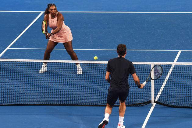 로저 페더러와 세레나 윌리엄스가 처음으로 테니스 코트에서