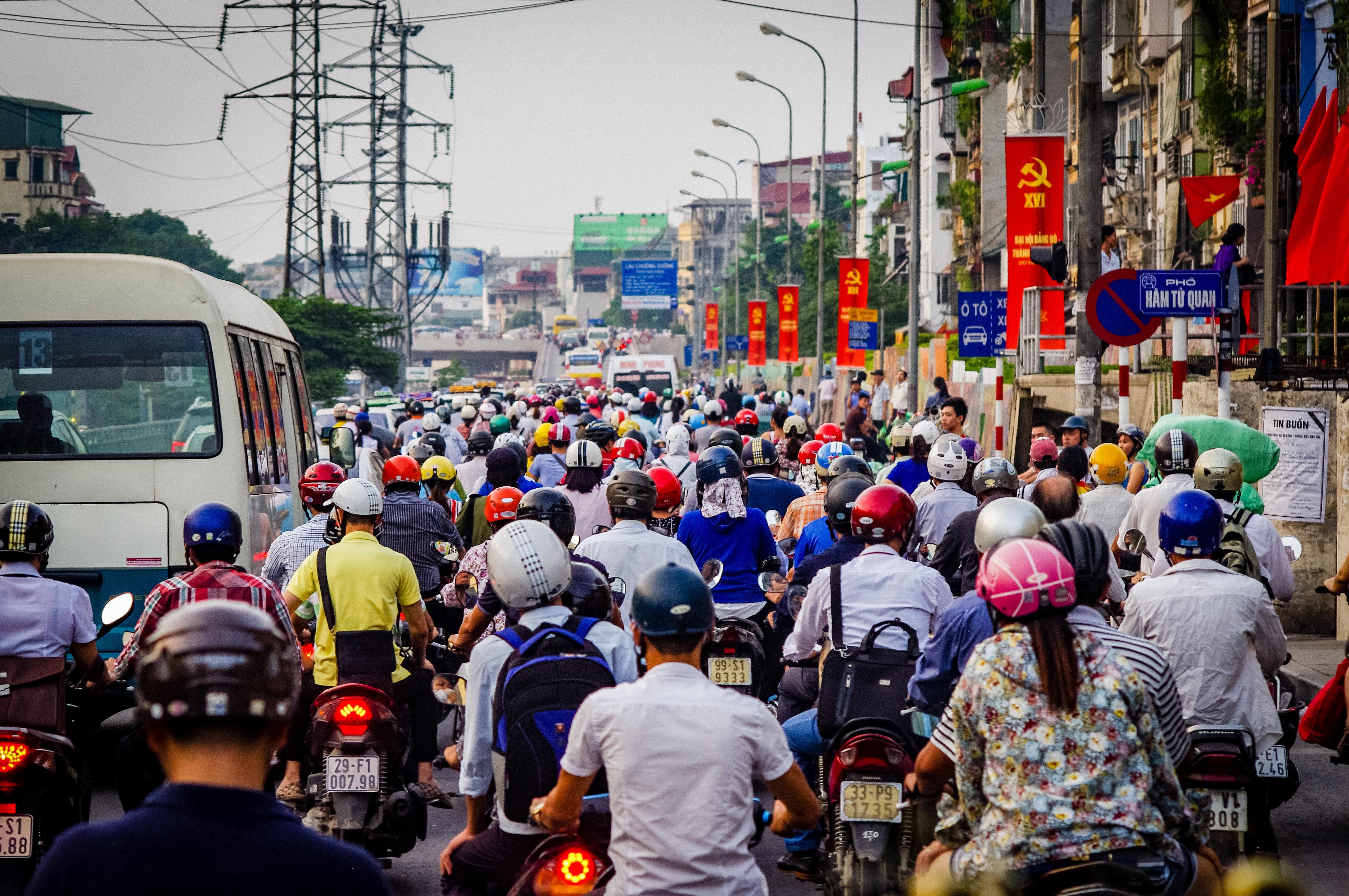 Δρακόντειος νόμος στο Βιετνάμ για τη λειτουργία του