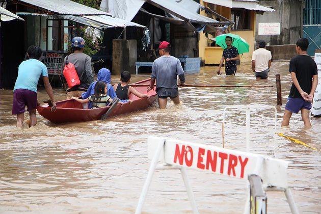 Φιλιππίνες: Πάνω από 80 οι νεκροί από τις κατολισθήσεις και τις πλημμύρες στη