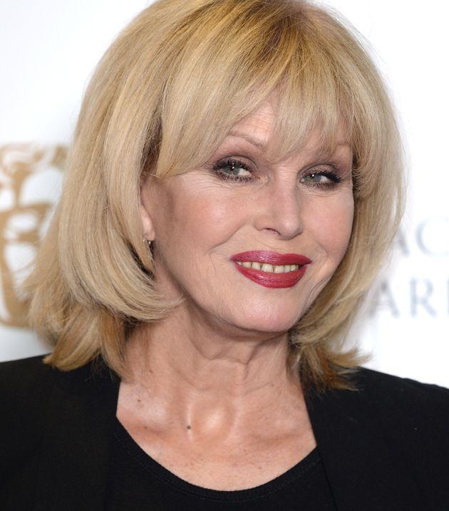 Όσο τα Όσκαρ αναζητούν οικοδεσπότη, τα BAFTA ανακοίνωσαν τη Τζοάνα