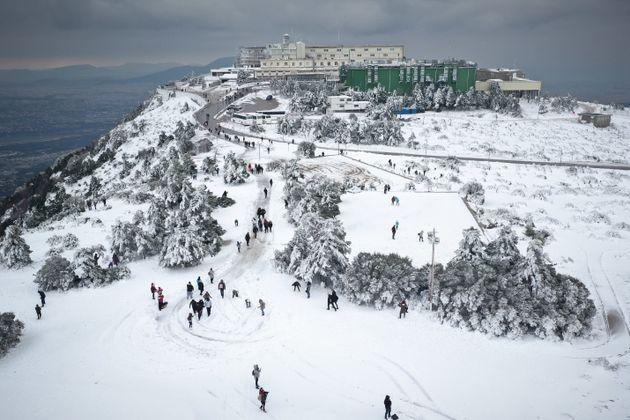Αεροφωτογραφίες: Μαγεύει η χιονισμένη