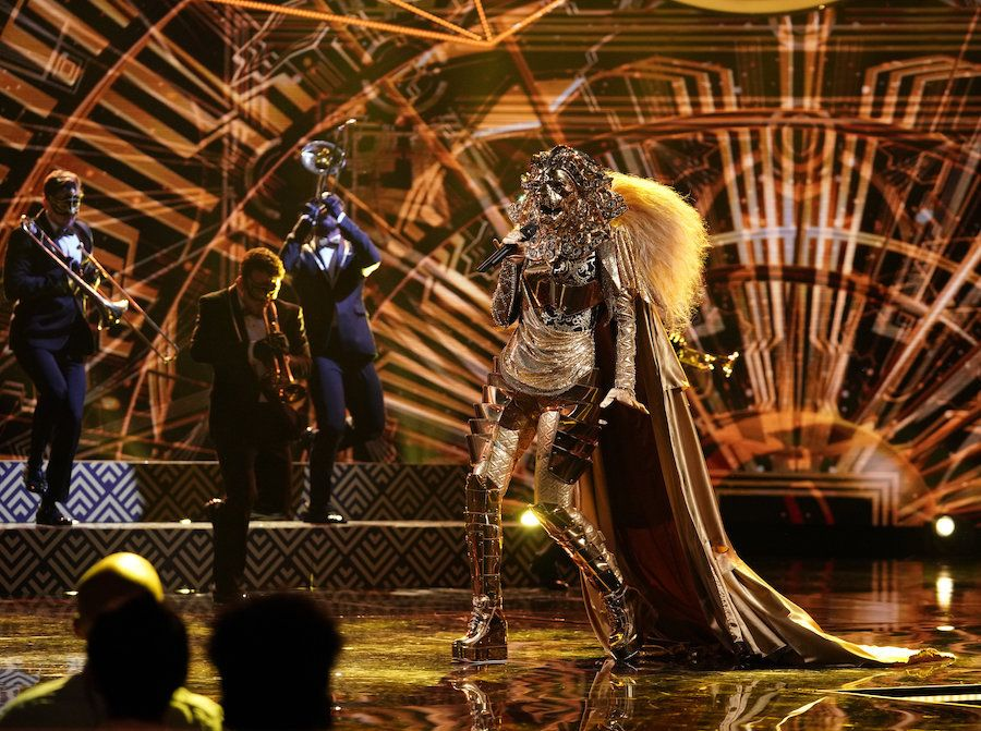 "The Lion (is that you, Rumer Willis?) takes the stage in ""The Masked Singer."""