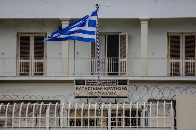 Τα τρία «κενά» που εκμεταλλεύτηκαν οι δραπέτες στις φυλακές