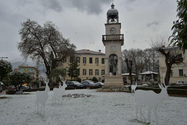 Δριμύ ψύχος και χιόνια και στην Αθήνα φέρνει η κακοκαιρία