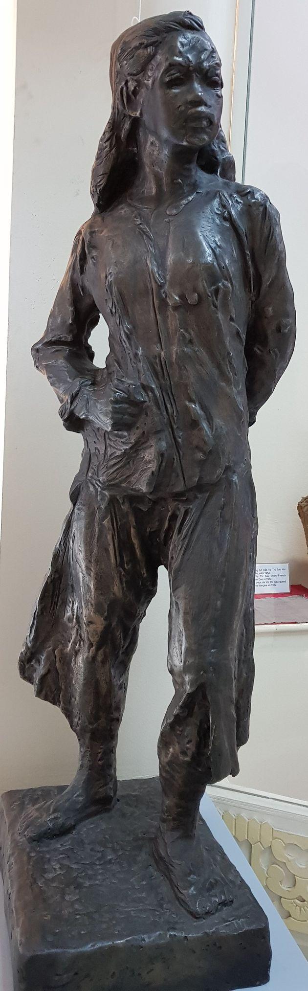 Statue au Musée national d'Histoire vietnamienne. Décembre