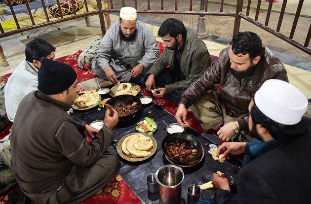 Au Pakistan, la sulfureuse Peshawar se livre aux délices du