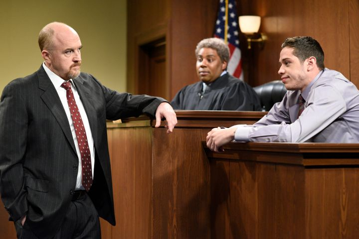 "Host Louis C.K. as the lawyer, Kenan Thompson as a judge, and Pete Davidson as a witness during 'The Lawyer' sketch on ""Satur"