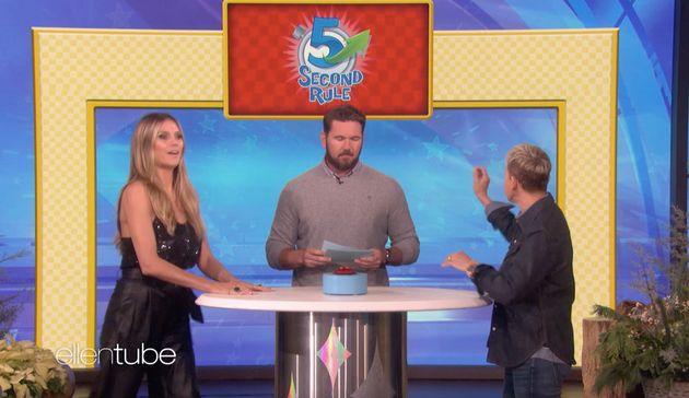 Bei einem Spiel mit Ellen verrät Heidi, was sie an Tom am liebsten