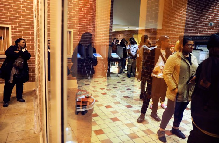 The reform bill aims to reduce voting problems, such asthe long lines seen at polling locations on Election Day, like t