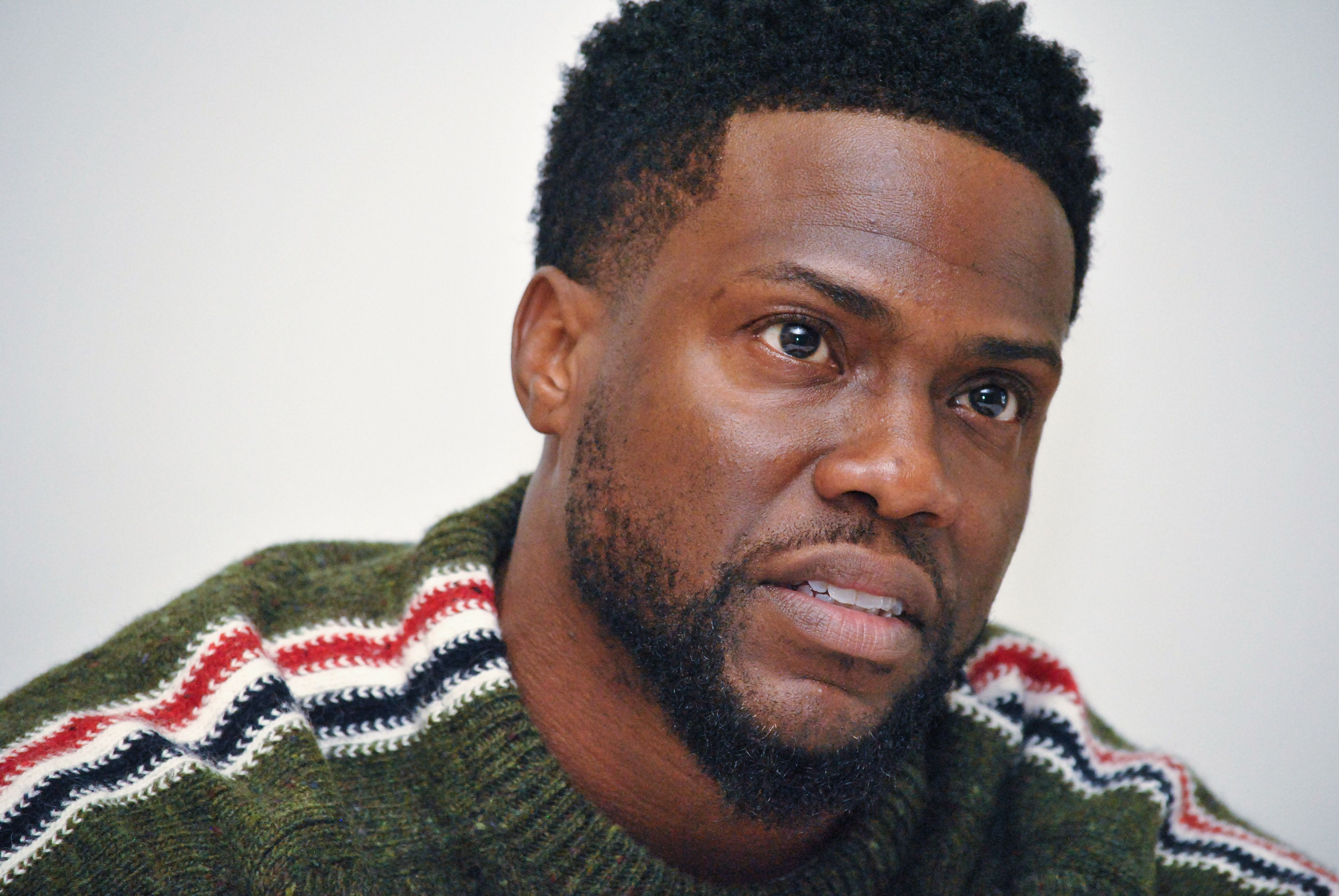 Kevin Hart Says He's Reconsidering Decision To Pull Out Of Hosting