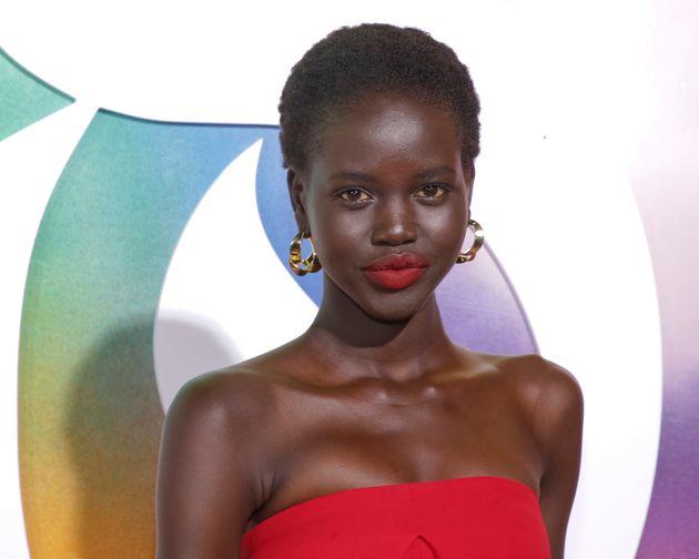 Αντούτ Ακές: Το «Μοντέλο της Χρονιάς» που κέρδισε και τη Τζίτζι