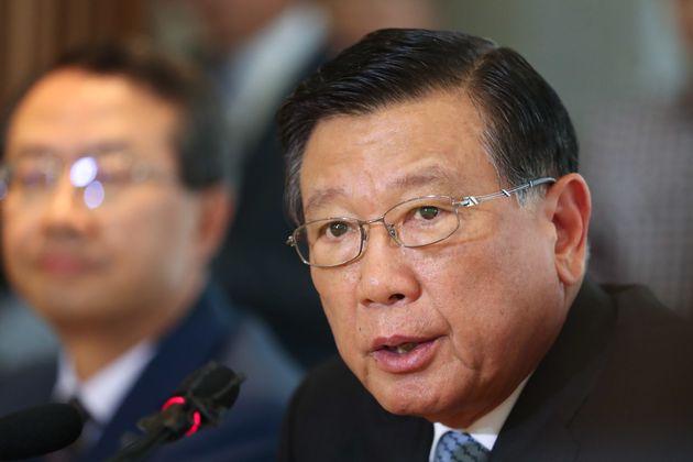 경찰이 박삼구 회장의 '기내식 대란·승무원 성희롱 의혹'에 무혐의 결론을