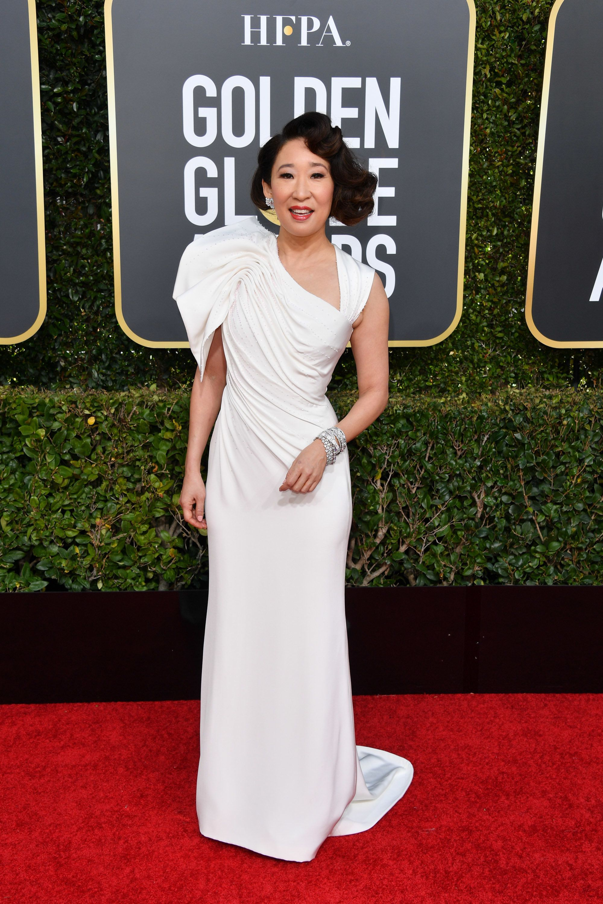 BEVERLY HILLS, CALIFORNIA - JANUARY 06: Host Sandra Oh attends the 76th Annual Golden Globe Awards held at The Beverly Hilton Hotel on January 06, 2019 in Beverly Hills, California. (Photo by George Pimentel/WireImage)
