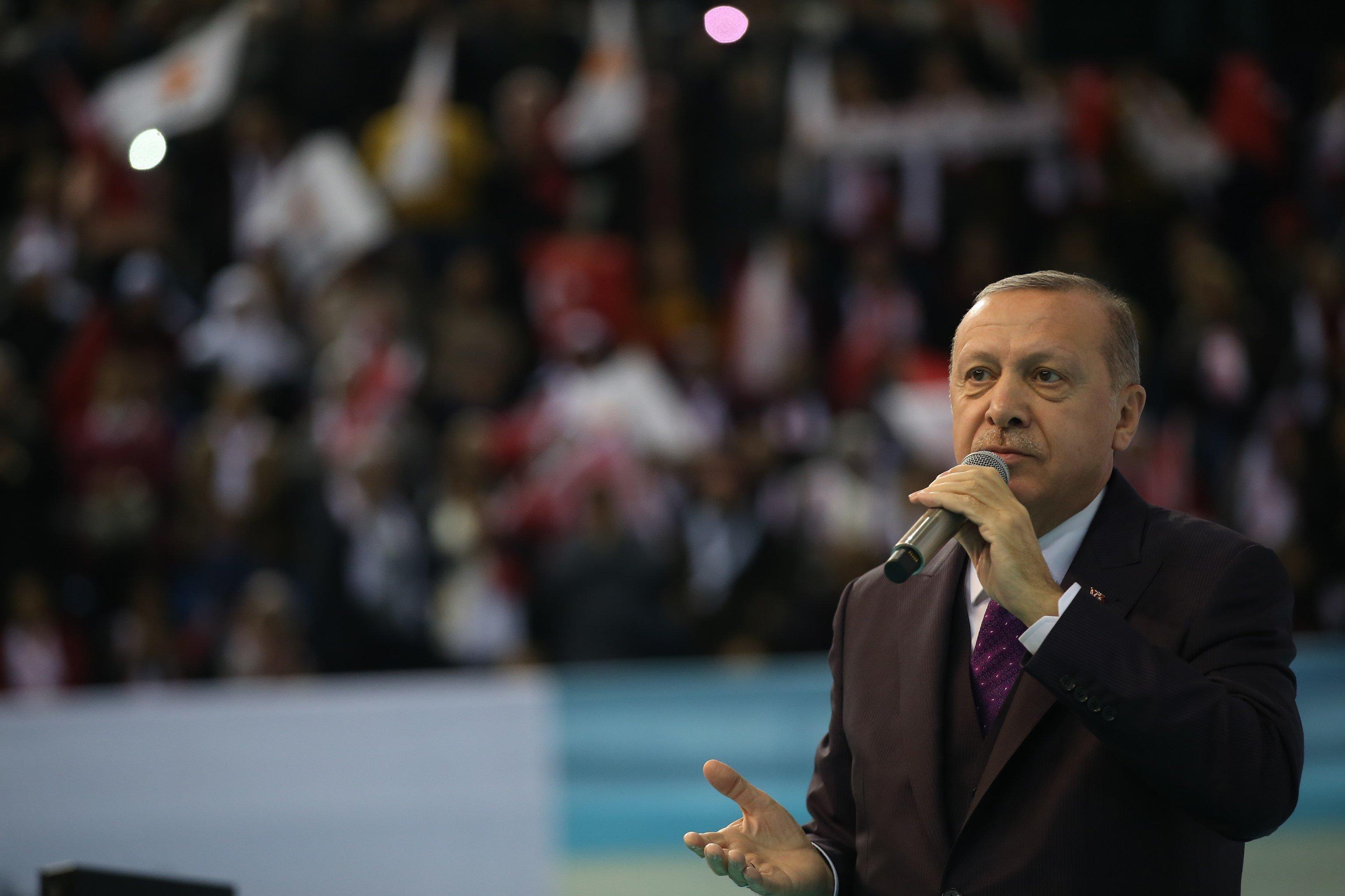 Το λαϊκό άσμα του Ερντογάν από την