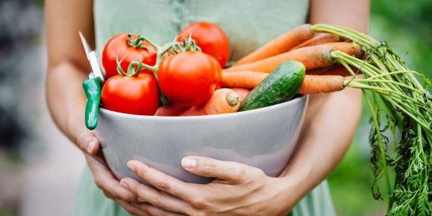 As 'Regras da Comida', de Michael Pollan, para uma alimentação simples e